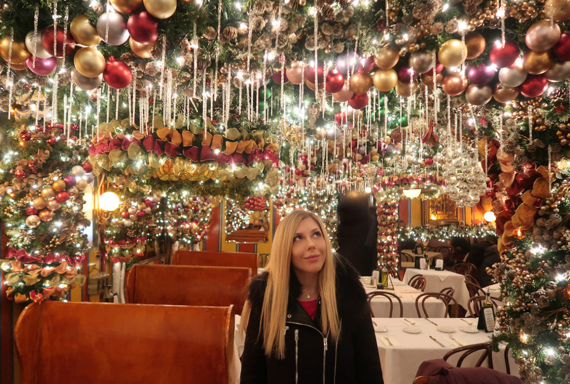 Christmas Restaurant Nyc.These Cozy Holiday Bars In New York City Will Put You In The