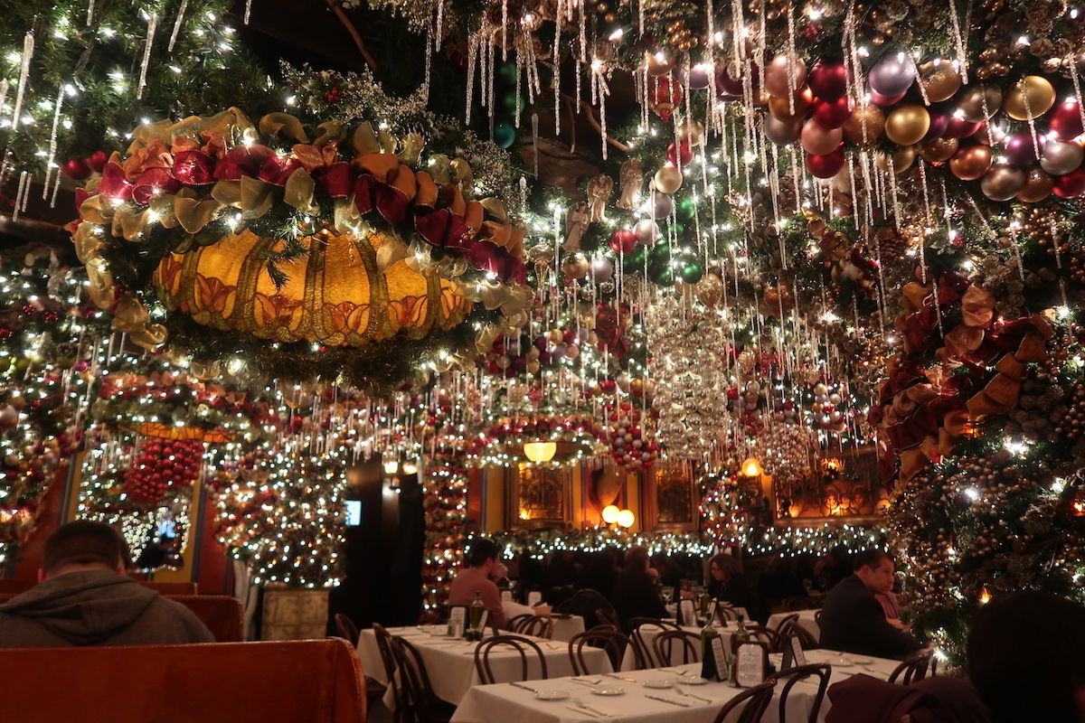 These Cozy Holiday Bars In New York City Will Put You In The